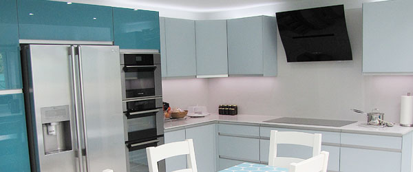 Air One curved glass hood and DeDietrich appliances